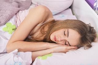 左向きで寝ると健康になって若返る?!美容と健康に良い睡眠方法とは?!