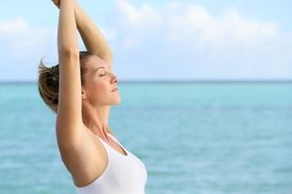 背伸びをするだけで驚きのダイエット効果を実現!背伸びダイエットの凄すぎる美容と健康効果!
