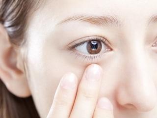 1日たった5分の体操で視力が回復する?!それだけじゃない!頭痛や肩こりの解消やシワやたるみなど美容にも効果があります!