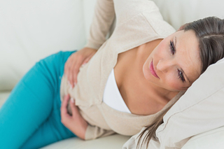 なぜ胃はストレスによってここまで苦しめられるのか?神経性胃腸炎の原因と主な症状について!