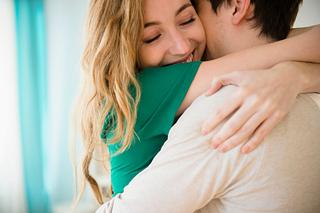 ハグの凄すぎる効果に脱帽!抱きしめ合えば人の心と体はもっと強くなる?愛はやっぱり凄い!