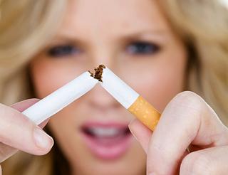 女性の死因2位は心疾患!心疾患を予防する5つの生活習慣とは?タバコは今すぐやめましょう!