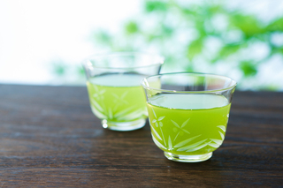 緑茶はがん予防、生活習慣予防、認知症予防、ダイエットなどに効く!緑茶の美容と健康に効果がとにかく凄い!