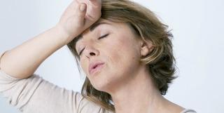 更年期障害の症状はいつまで続くの?更年期障害で苦しむ人と苦しまない人がいるのはどうして!?