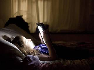 tablets-and-computer-screens-could-disrupt-sleep-patterns.jpg