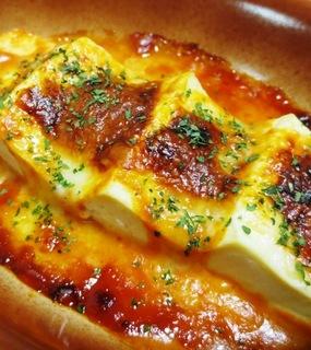 豆腐とチーズをレンチンするだけのウマウマ料理