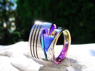 大注目!! 結婚指輪はチタン素材で
