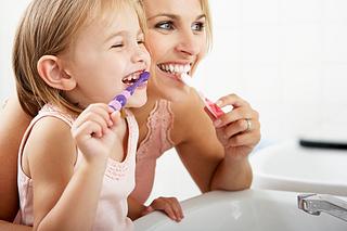 インフルエンザ予防には朝の歯磨きが有効